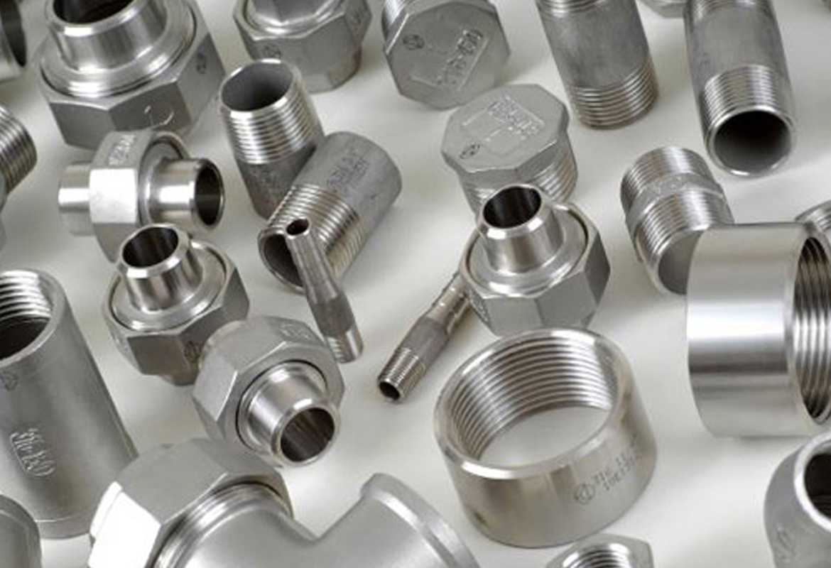Incoloy 800 / 825 Forged Threaded Fittings